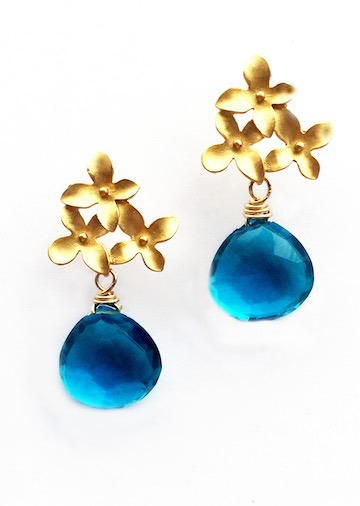 earring_three-petal-london-blue-quartz